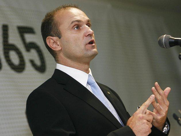 Ministr vnitra Ivan Langer míří do Rokycan.