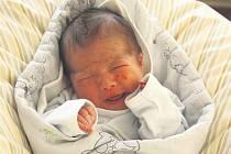 Filip RÝDL z Břas přišel na svět 28. ledna. Narodil se v 10 hodin a 44 minut. Manželé Petra a Filip věděli dopředu, že jim čáp napoprvé přinese malého chlapečka. Filípek vážil 3240 gramů, měřil 49 cm.