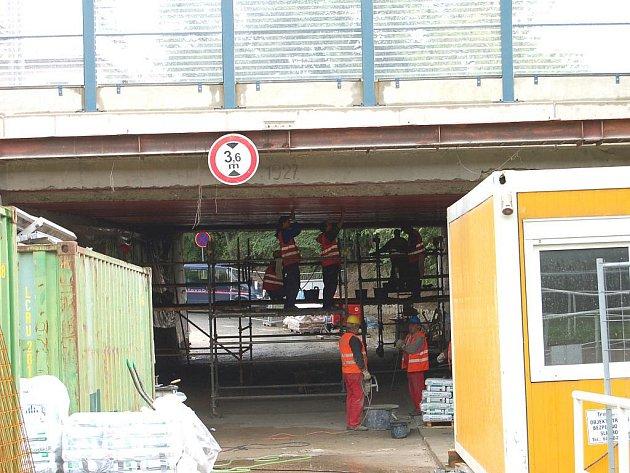 Podjezd u sokolovny bude uzavřen do 15. září.