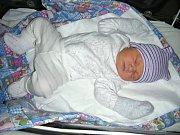 EMILLY ŽÁKOVÁ ze Zbirohu prvně pohlédla na svět 3. února 2018 v hořovické porodnici, vážila 3,72 kg a měřila rovných 50 cm. Z nového člena rodiny se radují maminka Kristýna, tatínek Milan a bráška Milánek (1,5 roku) Žákovi.