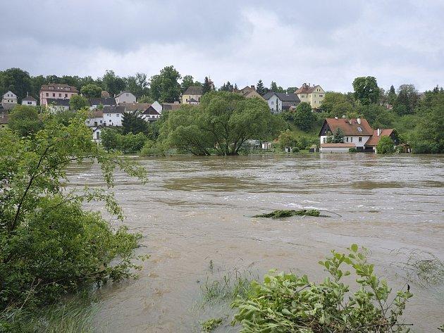 Velká voda zatopila v Liblíně několik chatek a sklepů domů