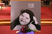 V Rokycanech se lidé rozloučili se zpěvačkou Věrou Bílou