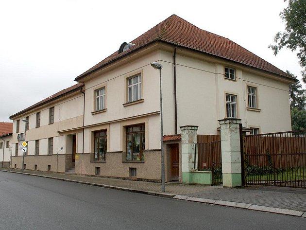Kraj zakoupil pro Muzeum dr. B. Horáka nové objekty, které se promění v  léta postrádané depozitáře.