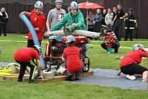 SVÉ UMĚNÍ představili na soutěži O pohár starosty města Mirošov také nejmenší hasiči. Místní soptíci předvedli požární útok, ve kterém dosáhli krásného času, a to 38 vteřin.