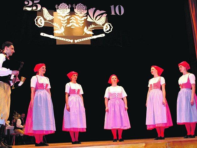 Nynější soubor Rokytka – nejstarší z celé rokycanské folklorní rodiny – slavil pětadvacetiny svého působení