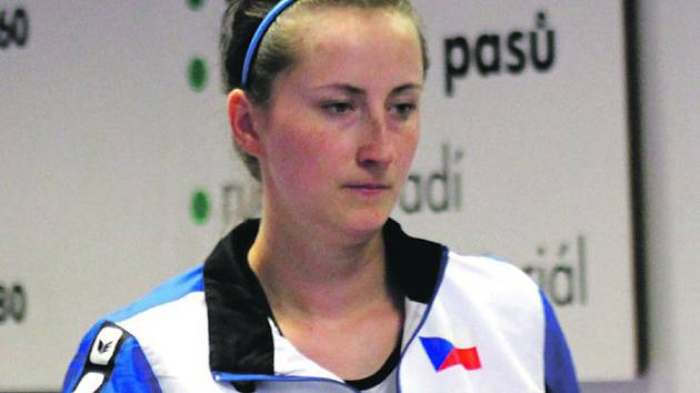 Daniela Pochylová z klubu SKK Rokycany uzavírala sobotní turnaj přeboru Plzeňska na domácích drahách.