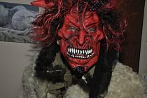 Masky byly děsivé i pro dospělé.