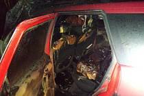 Požár auta na dálnici D5.