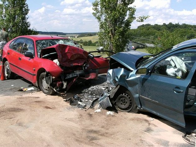 Dopravní nehoda s tragickými následky se odehrála v pátek po patnácté hodině nedaleko Zbiroha.