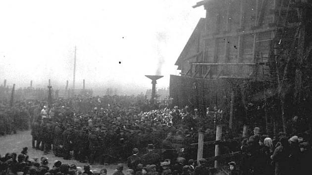 Uplynulo sedmdesát let od strašné tragédie v Chomli.