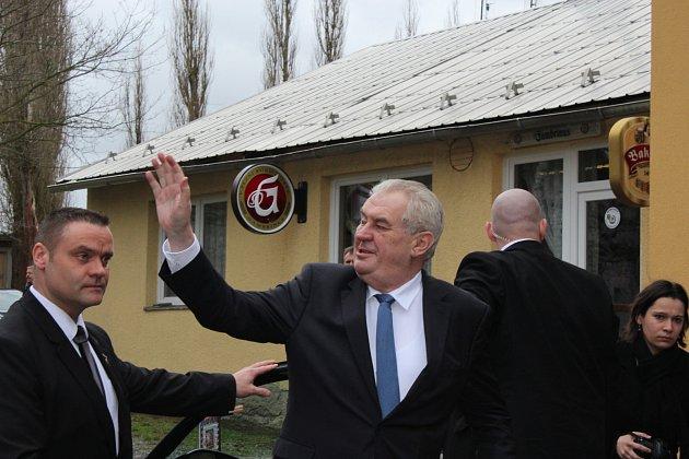 Prezident Miloš Zeman zdraví obyvatele Kornatic.