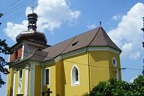 Kostel ve Strašicích se letos dočká odvodnění, na zbytek prací nejsou peníze.
