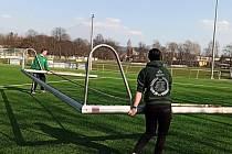 FC Rokycany získal v areálu pod Husovými sady moderní trávník