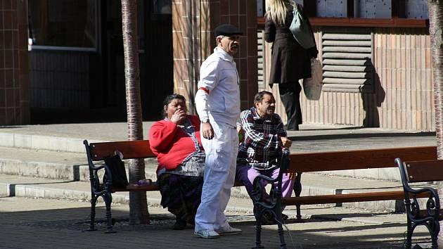 Mítink v Rokycanech Andreje Lučky u obchodního domu Žďár, včera mnoho  lidí nelákal.