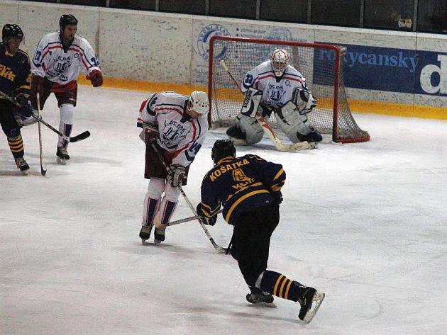 V úterý večer bylo rozehráno čtvrtfinále play–off  II. NHL. Podle papírových předpokladů neměly mezi elitní osmičkou chybět Rokycany, leč  prognózy vzaly za své. HC DAG se po výsledku série 1:3 s VelMezem loučil hned v prvním kole.