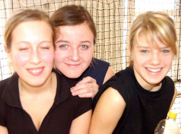 Devítiletku TGM reprezentovaly i Jana Škvarková, Vendula Hrubcová a Kristýna Loukotová (zleva). Obsadily konečné třetí místo.