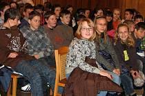 Rokycanská sokolovna hostila představitele projektu Planeta země 3000, kteří si pro děti základních a středních škol připravili přednášku s moderními interaktivními prvky.