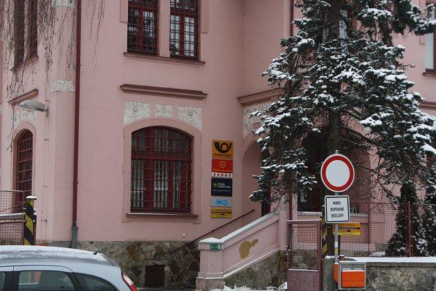 Česká pošta v Rokycanech.