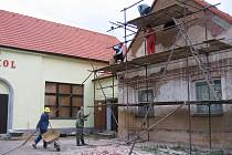 Sokolovna v Břasích prokoukla.