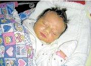 SIMONA LISÁ Na první svátek vánoční, 25. prosince 2017, se v hořovické porodnici narodila Simona Lisá, druhá dcerka manželů Terezy a Lukáše z Holoubkova. Holčička vážila 3,47 kg a měřila 50 cm. Na Simonku se těší Kačenka (3,5 roku).