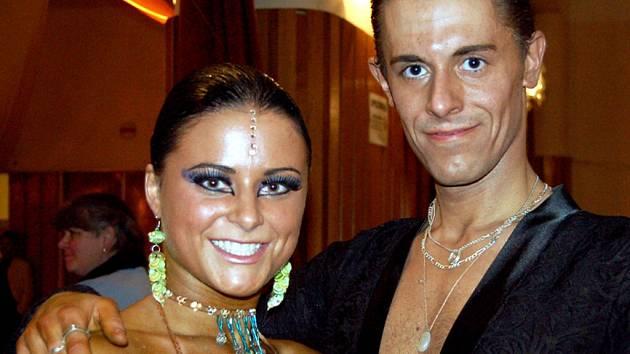 V kategorii A si při Vánoční ceně města Rokycan v tanci nejlépe vedli Josef Kukaň s Veronikou Potěšilovou (STK Praha).