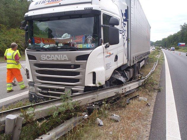 Nehoda se stala ve čtvrtek odpoledne.