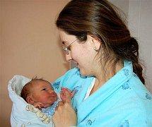 Tomáš ZÁBRANSKÝ z Rokycan se narodil 23. listopadu. Přišel na svět za deset minut osm ráno. Maminka Jana a tatínek Jan se nechali pohlavím svého prvního dítěte překvapit až na porodní sál. Tomášek vážil při narození 4050 gramů, měřil 53 cm.