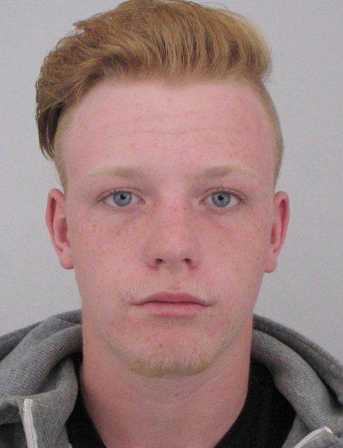 Policie pátrá po šestnáctiletém Petru Polákovi.