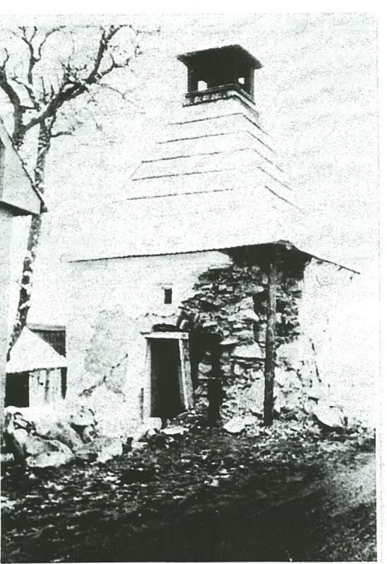 Původní kaplička v Kakejcově