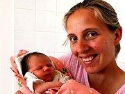 Barborka Houdková z Kornatic se narodila 13. srpna v osmnáct hodin. Maminka Marie s přítelem Jiřím byli u porodu znovu spolu. Věděli, že i druhým potomkem bude děvčátko. Měřilo 51 cm a vážilo 3320 gramů. Na sestřičku se těšila dvacetiměsíční Anetka.