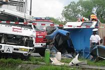 V rokycanské Šťáhlavské ulici došlo k nehodě dvou vozidel. Řidič avie střet nepřežil.