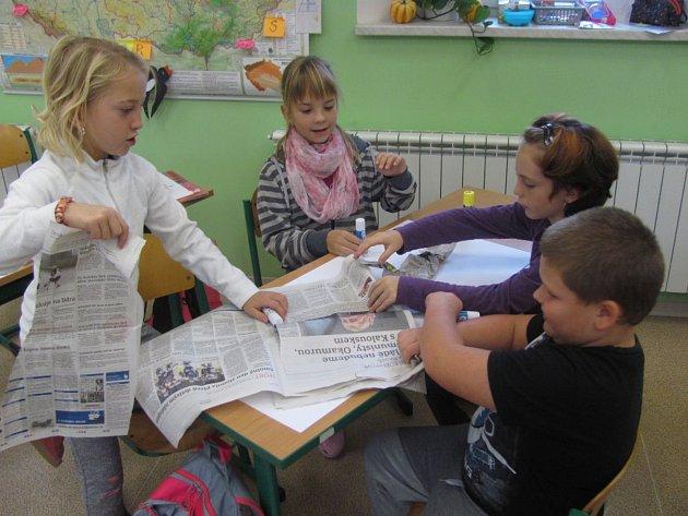 Hlavním cílem bylo seznámit děti se souvislostmi v podobě novin, listů, listopadu, stromů a dřeva.