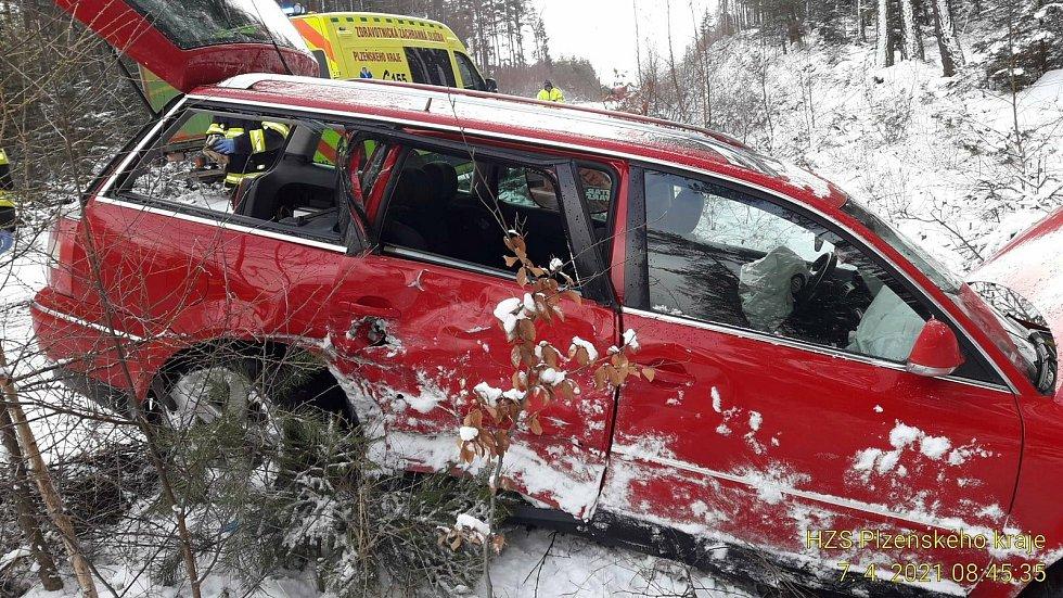 Havárie osobního auta u Medového Újezdu.