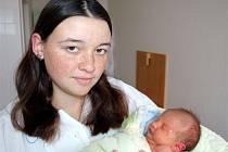 Jessica VÉBROVÁ z Chlumu se narodila 23. října dvě hodiny a 28 minut po půlnoci. Maminka Kateřina a tatínek Ondřej věděli dopředu, že jejich první dítě bude holčička. Jessica vážila při narození 2700 gramů, měřila 47 cm.