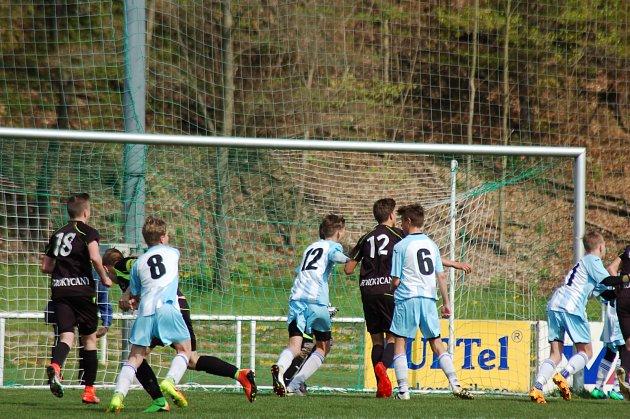 Rokycany – Suverénně si počínají fotbaloví žáci FC Rokycany v krajském přeboru.
