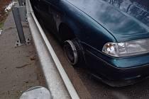 Opilý motorista dojel na ráfku do Smědčic.