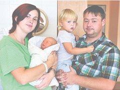 Tereza ŠŤASTNÁ z Borku bude mít ve svém rodném listu datum narození 14. září. Manželé Ivana a Lukáš předpokládali, že i jejich druhé dítě bude holčička. Terezka vážila při narození 3750 gramů, měřila rovných 50 cm.