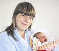 Eliška JURIKOVÁ z Holoubkova přišla na svět na sále rokycanské porodnice 30. května. Narodila se ve 22  hodin a 26 minut. Manželé Martina a Honza věděli dopředu, že jejich první dítě bude holčička. Eliška vážila při narození 2750 gramů, měřila 48 cm. Tatí
