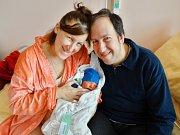 Julius Cacka se narodil 26. listopadu v 11:54 mamince Kateřině a tatínkovi Juliovi z Plzně. Po příchodu na svět v plzeňské FN vážil jejich prvorozený synek 3390 gramů a měřil 53 centimetrů.