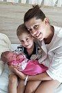 ANETA JEDLIČKOVÁ z Hrádku je druhorozeným potomkem Petry a Marka Jedličkových. Narodila se 28. srpna ve 23:30 v hořovické porodnici. Rodiče znali pohlaví miminka dopředu. Na malou sestřičku se doma těšil i prvorozený Filípek (3). Váha 4100 g, 51 cm.