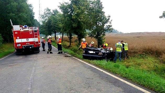Osmadvacetiletá žena zemřela v neděli časně ráno u Příkosic.