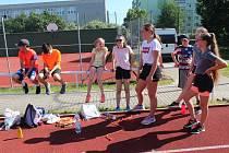 Žáci druhého stupně se věnovali netradičním sportovním výkonům...