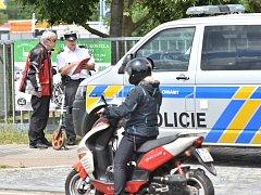 NEHODA v Arbesově ulici v okresním městě si včera po poledni vyžádala jedno zranění.