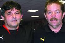 Bývalí reprezentanti Boško s Víchou (zleva) se řadili k favoritům. Stupně vítězů však po průměrných výkonech zůstaly pro dvojici zapovězeny.