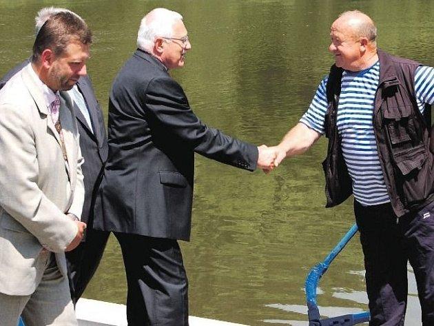 Setkání na přívozu v Darové s bývalým prezidentem Václavem Klausem.