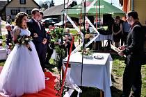 Místní svatba