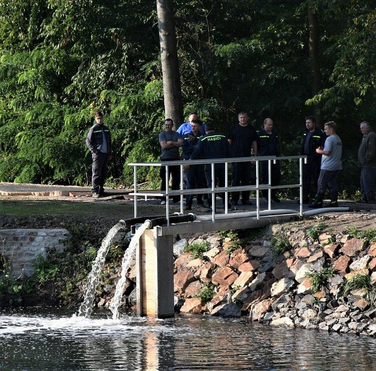 Napouštění rybníků