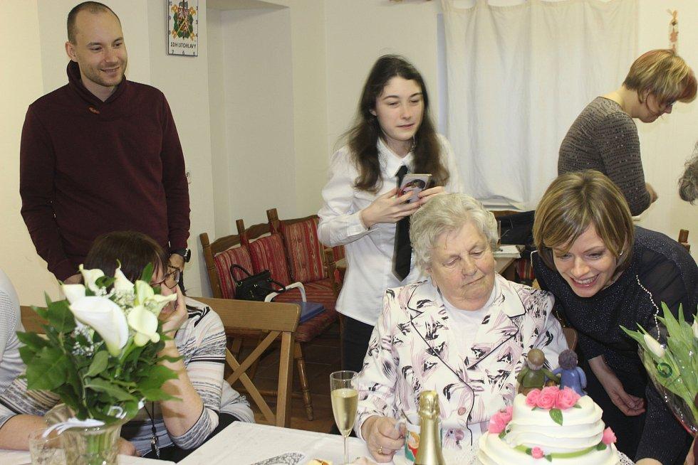 Oslava diamantové svatby v litohlavské hasičárně.