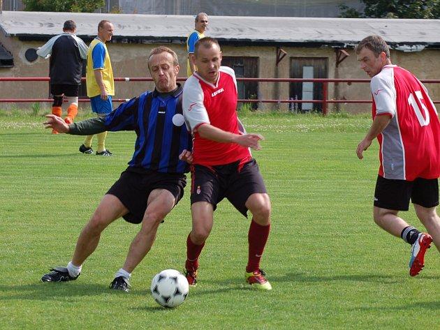 Součástí pouťového víkendu v Rakové byl fotbalový turnaj mužů.