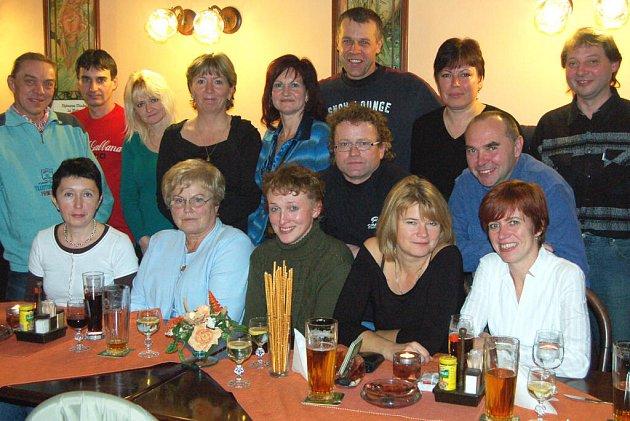 V sobotu si dali schůzku v rokycanském restaurantu U Procházků bývalí deváťáci z Jižního předměstí.